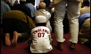 Friday-prayer-at-the-Shah-009