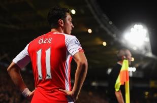 Mesut Ozil 4