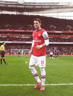 Mesut Ozil 6